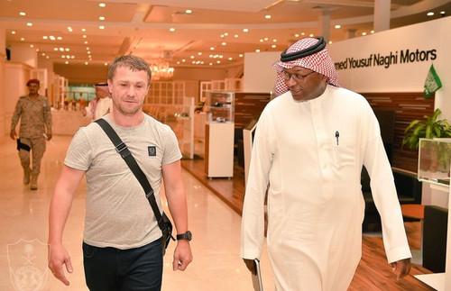 UT5UDX, BSCC#70, Сергей Ребров прилетел в Саудовскую Аравию