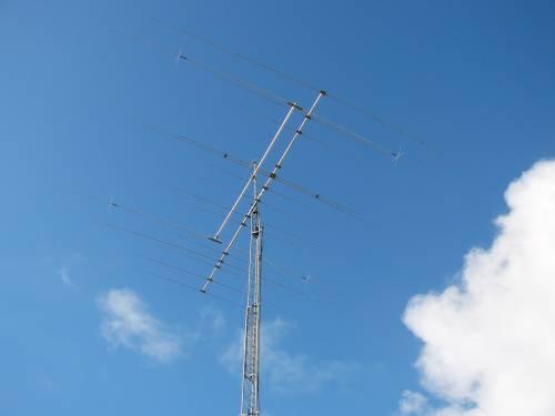 FM5KC (UT5UGR)